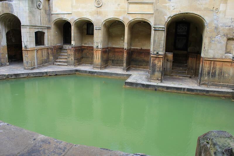 バースのローマ浴場