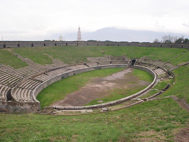 イタリア・ポンペイの円形闘技場