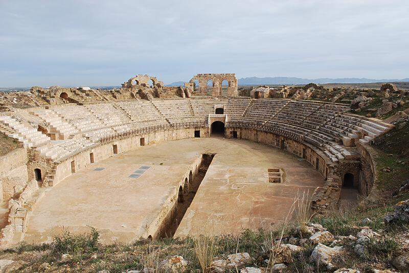 チュニジア・ウティナの円形闘技場