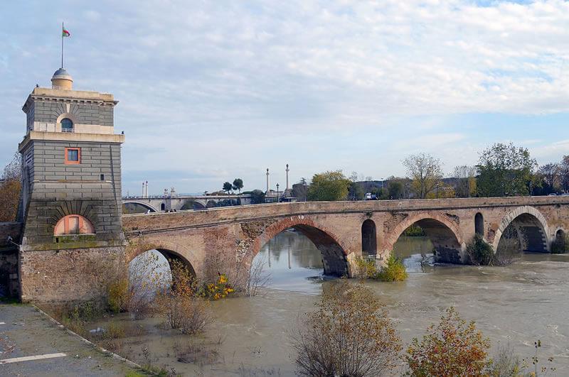 ミルウィオ橋