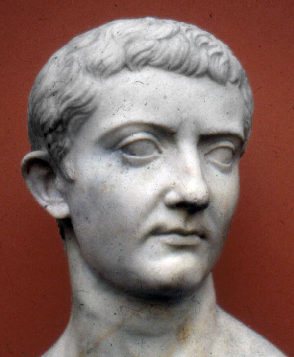 ティベリウスの胸像