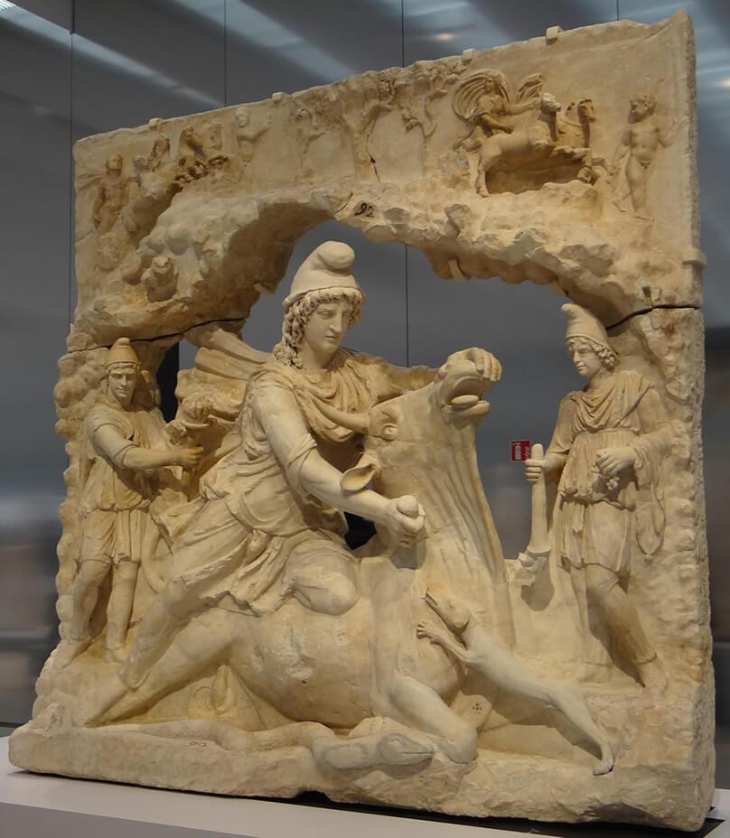 ミトラ神像の写真