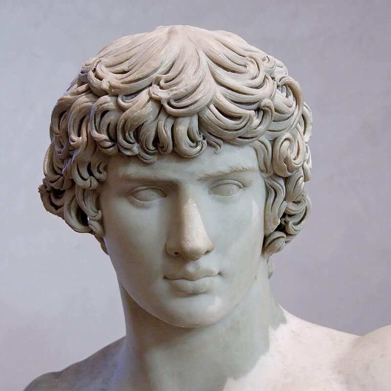 アンティノウスの胸像