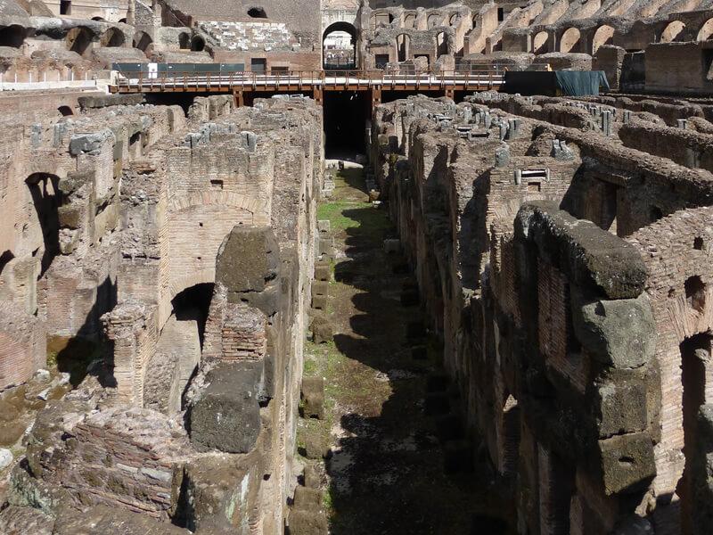 コロッセオの地下空間